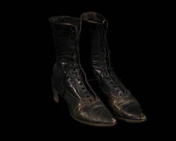 Black High-top Shoes; Isabell Blanchard Kennington
